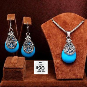 Jewelry - Turquoise Blue Necklace & Matching Earrings Silver